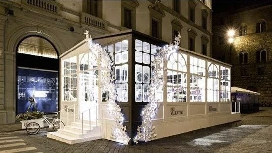 guerrilla-marketing-valentino
