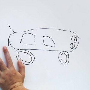 ציור של רכב על ידי ילד בן 6